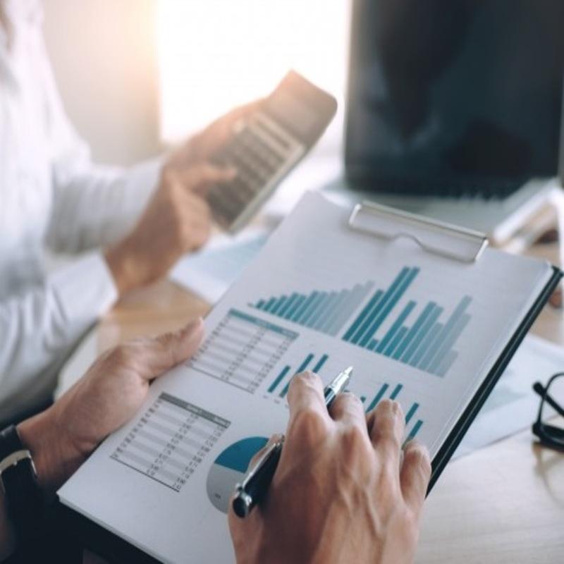 ¿Qué gastos puede deducirse una PYME en el Impuesto de Sociedades?