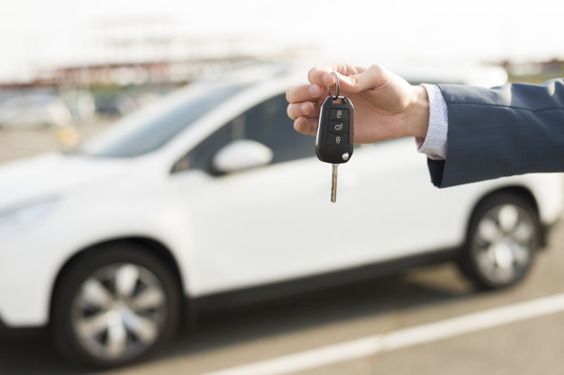 El Tribunal Supremo determina la no deducibilidad en IRPF del vehículo afecto parcialmente a la actividad